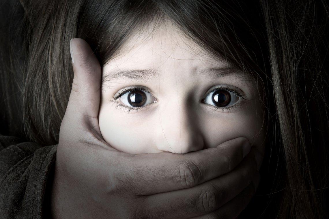 Catania. Arresti per violenza sessuale aggravata, atti sessuali con minorenne, corruzione di minorenne e violenza sessuale di gruppo