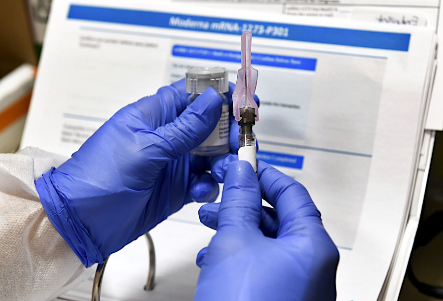 Covid-19. In arrivo il Patentino ai somministrati vaccino